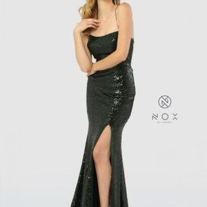Dresses & Skirts - Evening Dress